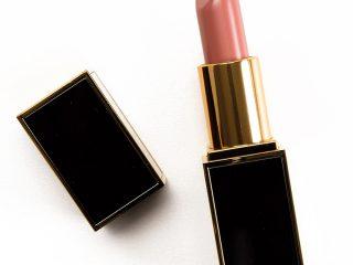 Tom Ford Universal Appeal 33 có phải là thỏi son màu hồng đất mà bạn yêu thích?