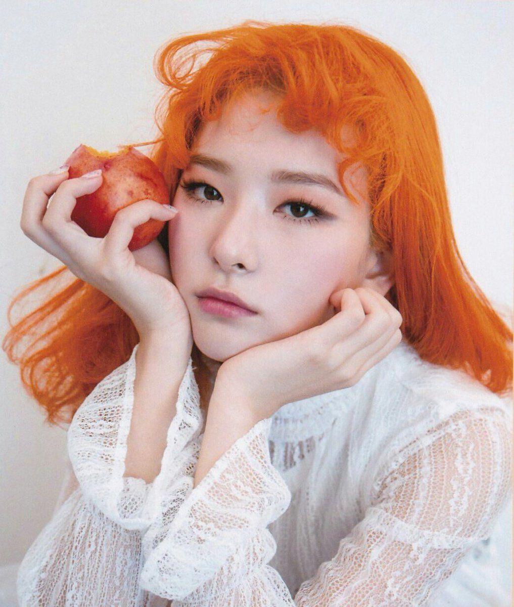 Nhuộm tóc màu cam trendy cho cô nàng sành điệu!