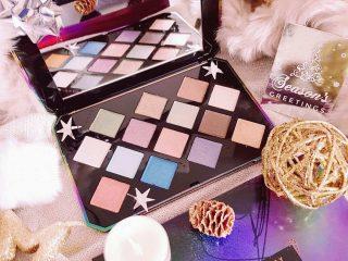 Lấp la lấp lánh như Fenty Beauty Galaxy Eyeshadow Palette  thì ai mà không thích cơ chứ!