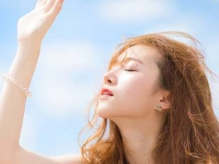 Neutrogena Clear Face Liquid Lotion Sunblock – kem chống nắng của cô nàng da mụn