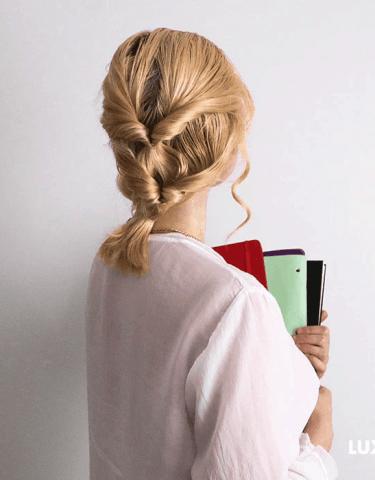 Tóc ngắn vẫn có tận 3 kiểu tóc đẹp cho những ngày đến trường đấy nhé!