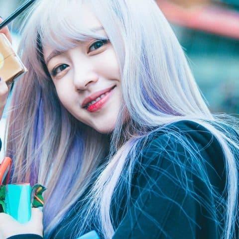Hani (Exid) cũng là một cô nàng chăm chỉ thay đổi kiểu tóc đấy!