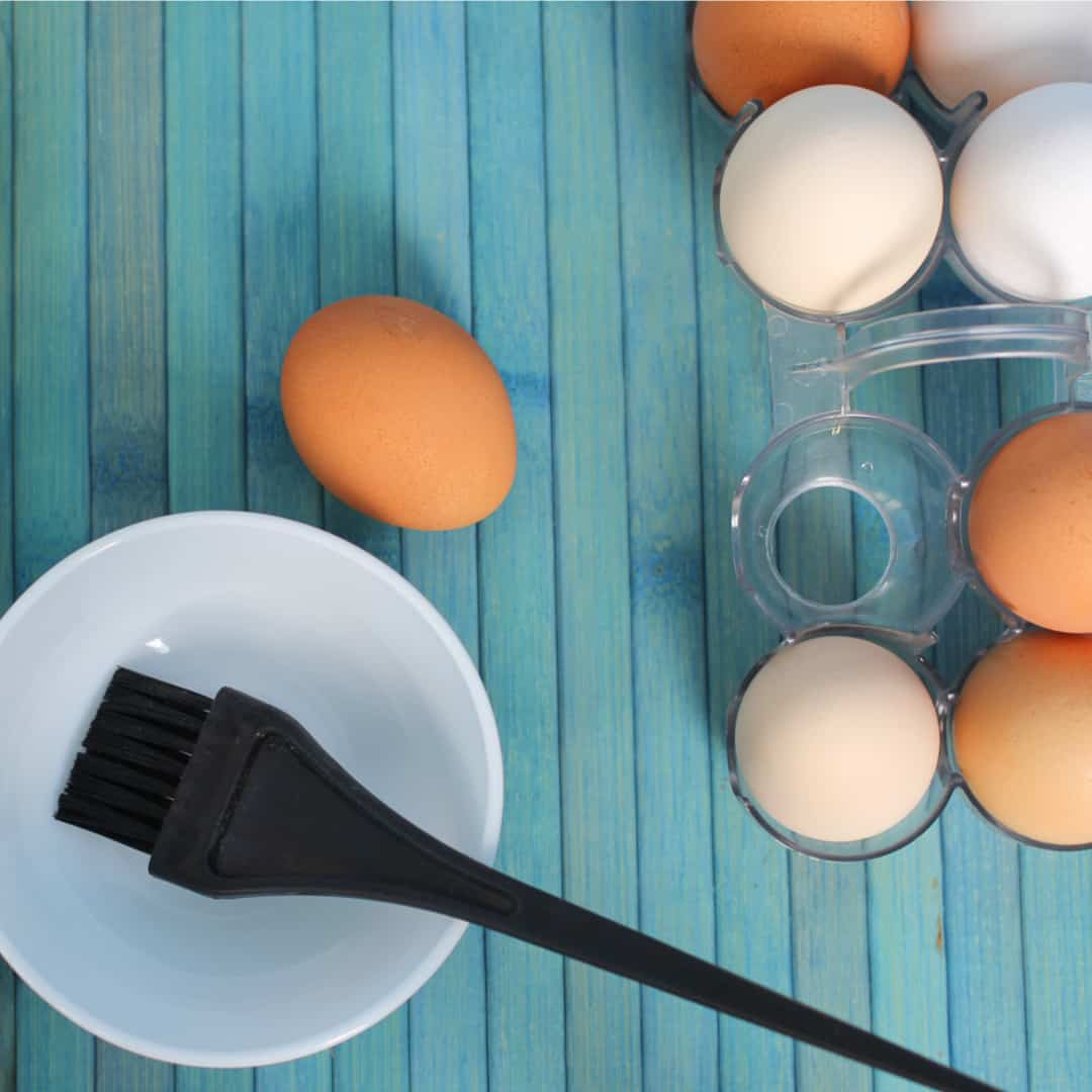 Cách trị mụn đầu đen bằng trứng gà