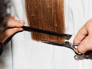 Tỉa một ít phần đuôi tóc sẽ mang đến cho bạn hiệu quả như thế nào?