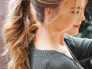 Làm sao để kiểu tóc buộc đuôi ngựa thông thường trở nên dày hơn?