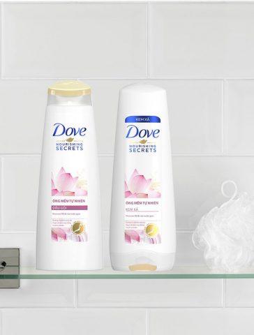 Dầu gội Dove Óng Mềm Tự Nhiên (Hoa sen Nhật & Nước gạo) – bí quyết cho mái tóc mềm mượt của cô nàng thời hiện đại