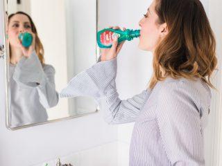 Nước súc miệng – cách giảm mùi hôi trong khoang miệng nhanh chóng và an toàn