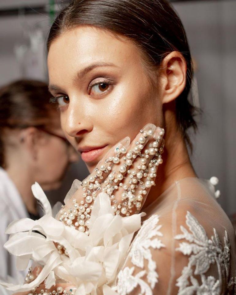 """4 Sai lầm khi trang điểm cô dâu thường mắc phải khiến chú rể """"không nhận ra"""""""