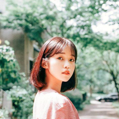 Nếu đã có lược và máy sấy trong tay, nàng ngại gì không thử bí quyết làm phồng tóc siêu đỉnh từ gái Hàn?