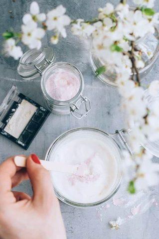Liệu muối có giúp răng bạn trắng sáng hơn?