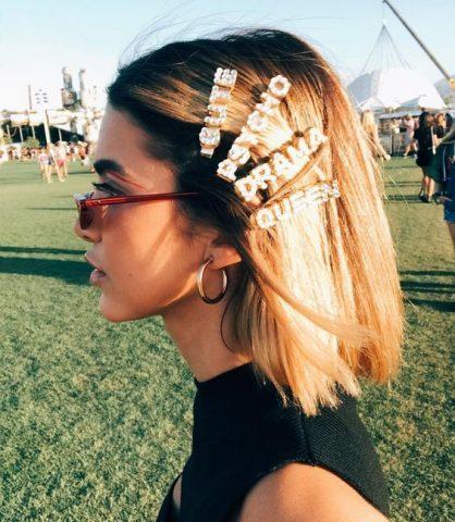 5 Kiểu tóc đẹp kết hợp cùng phụ kiện lấp lánh cho một bữa tiệc hoàn hảo