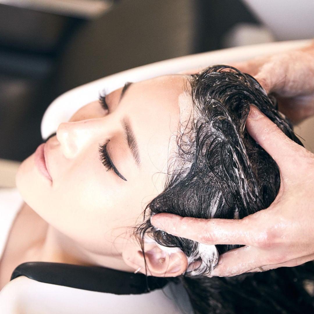 dầu gội làm sạch tóc