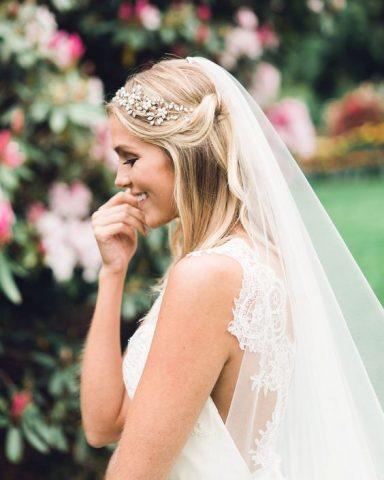 Đây chính là 4 cách nàng dâu mới chọn cho mình những phụ kiện tóc cho ngày trọng đại