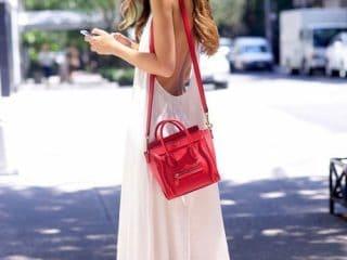 Bí quyết chọn trang phục phối cùng túi xách màu đỏ