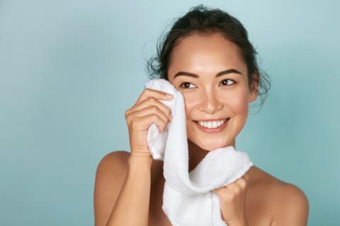 Bạn có biết nên rửa mặt bao nhiêu lần một ngày là đủ?