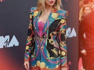 Thảm đỏ MTV Video Music Awards và những kiểu tóc đẹp nàng bỏ túi ngay