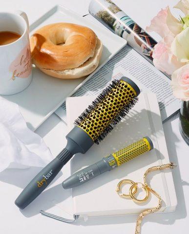 Nếu thường xuyên tạo kiểu tóc, nàng đừng quên 7 sản phẩm chống nhiệt này nhé