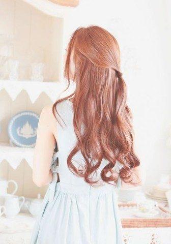Không cần dùng máy, bạn vẫn có được mái tóc xoăn đẹp nếu áp dụng 4 cách này