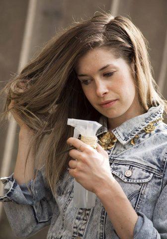 Sai lầm nghiêm trọng nhiều người mắc phải khi tóc chẻ ngọn