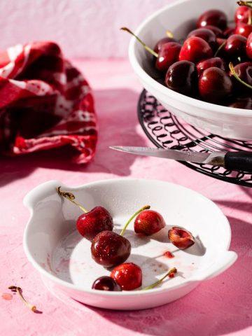 4 Cách giúp bạn mang cherry đến gần hơn với chu trình chăm sóc da của mình