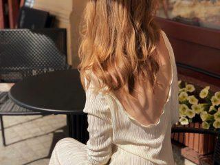 Uốn và nhuộm, cái nào gây hại cho tóc nhiều hơn?