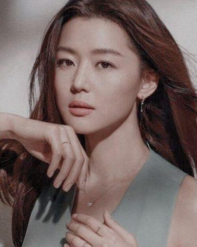 Bất ngờ với 6 bí quuyết làm đẹp từ các celebs hàng đầu Hàn Quốc