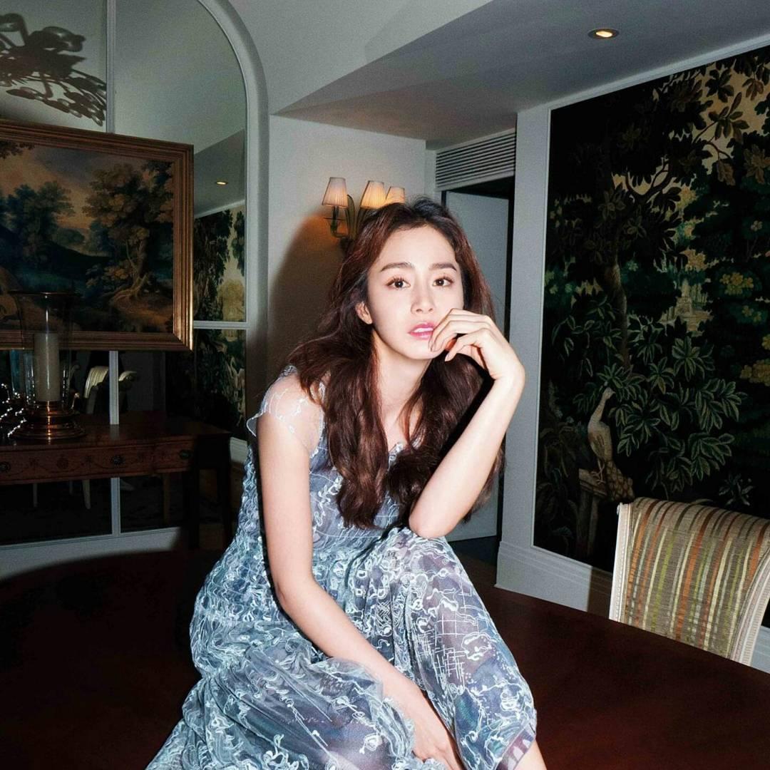 Dù đã sang hàng 40 nhưng da vẫn đẹp, bí quyết của Kim Tae Hee là…?
