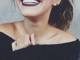 Làm trắng răng bằng máy, lợi hay hại?