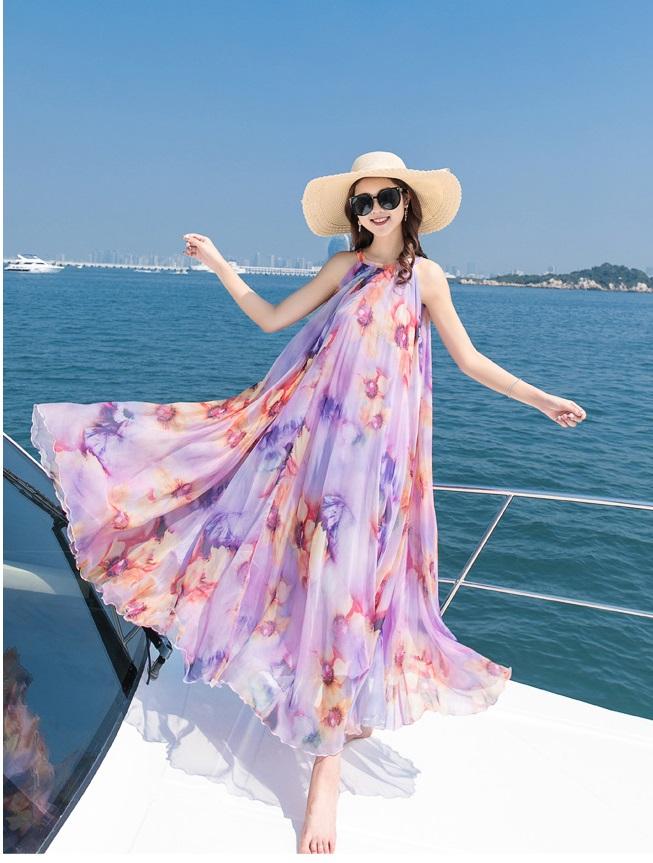 diện đồ đi biển - Váy hoa đan dây đi biển