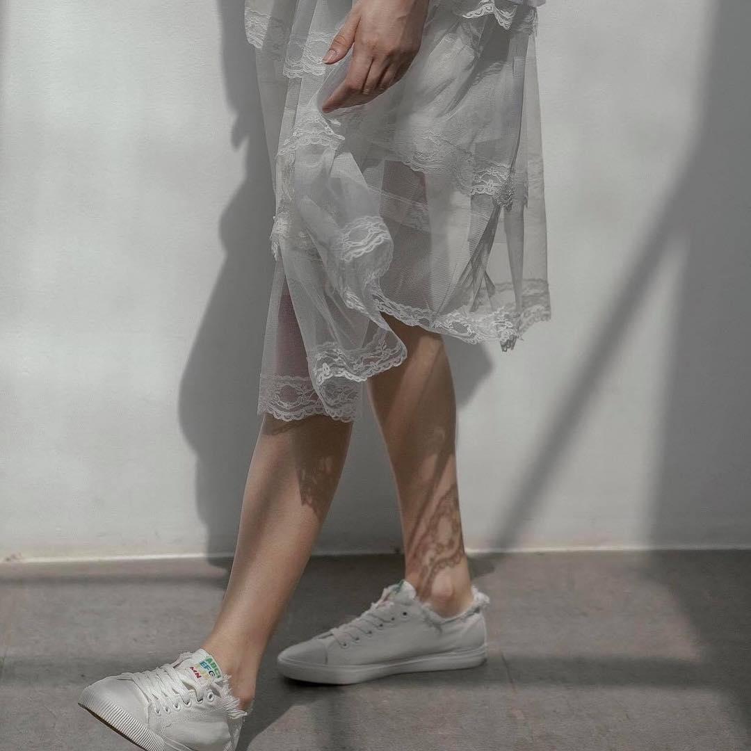 Phối Đồ Đi Học với chân váy dài