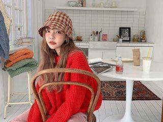 Xua tan đông lạnh với cách phối màu quần áo rực rỡ thời thượng