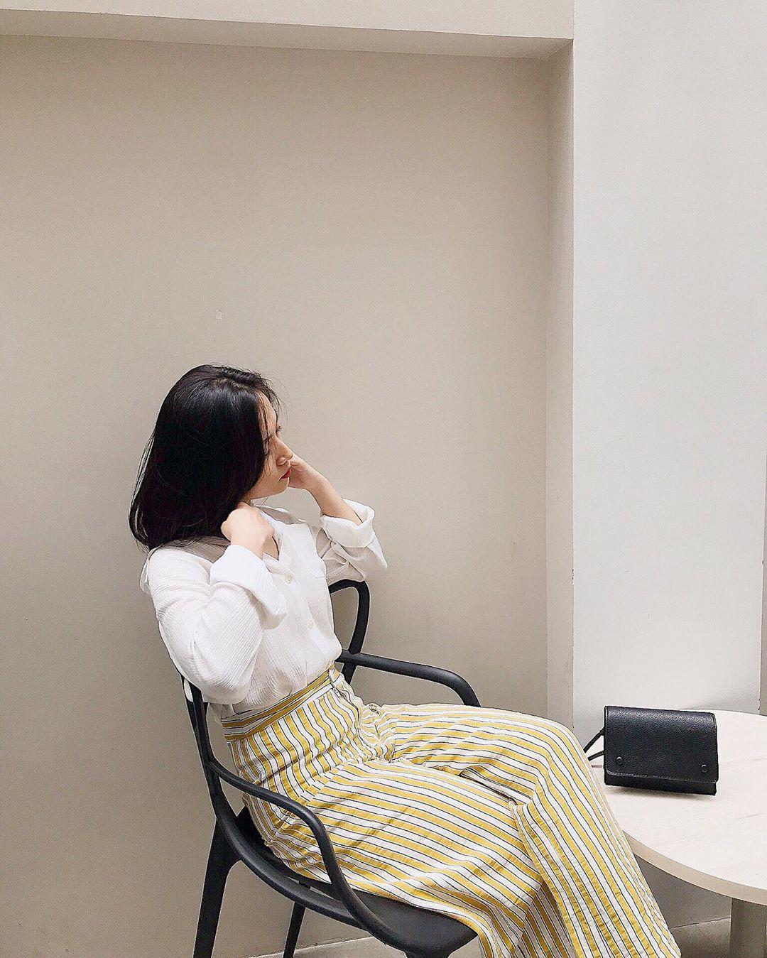 Cách Phối Áo Sơ Mi Nam Cho Nữ
