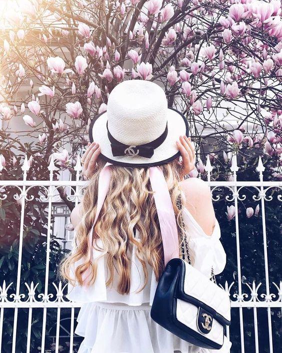 いいね!3,287件、コメント78件 ― The Blond Macaronさん(@theblondmacaron)のInstagramアカウント: 「Spring arrived at my city #cherryblossomgirl hair by @louiseandfred 」