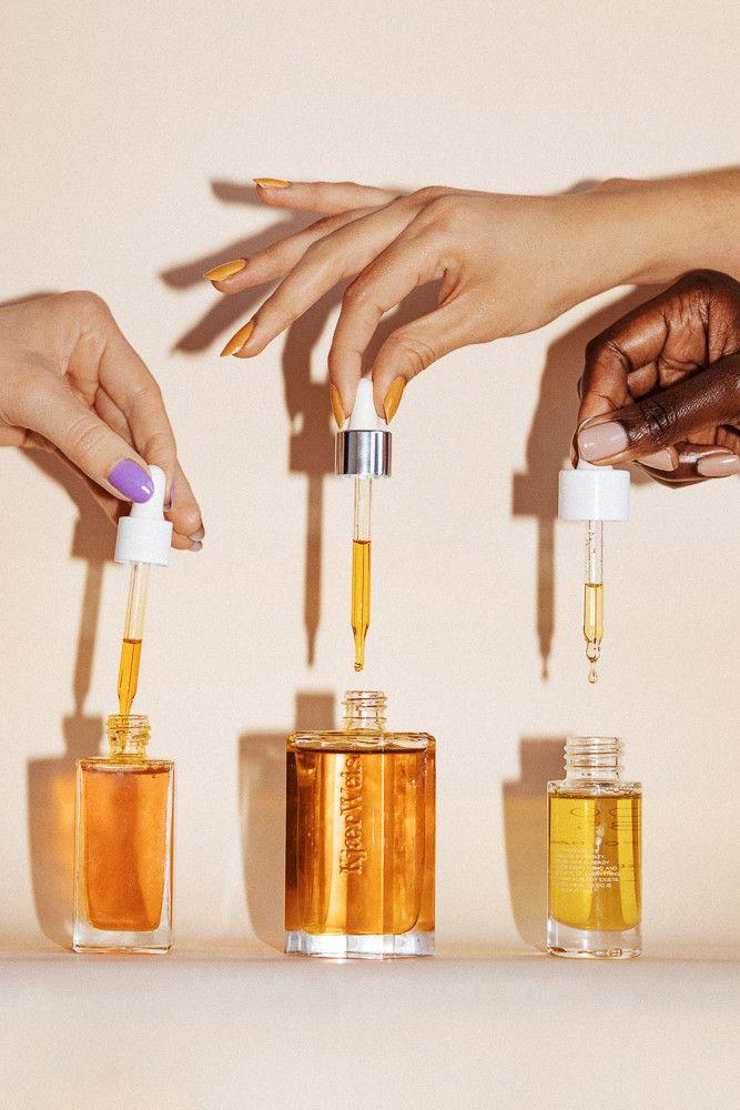 apply body oil - dầu cọ làm đẹp