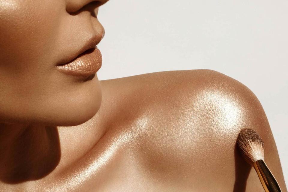Kết quả hình ảnh cho fenty shimmer body oil
