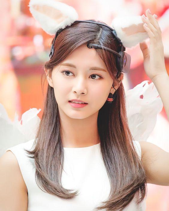 I look at you, and im home.. ©️studioparn ©️www.sbs.co.kr . . . #Tzuyu #쯔위 #子瑜 #ツウィ #Twice #트와이스 #kpop #nayeon #나연 #jeongyeon #정연 #momo #모모…