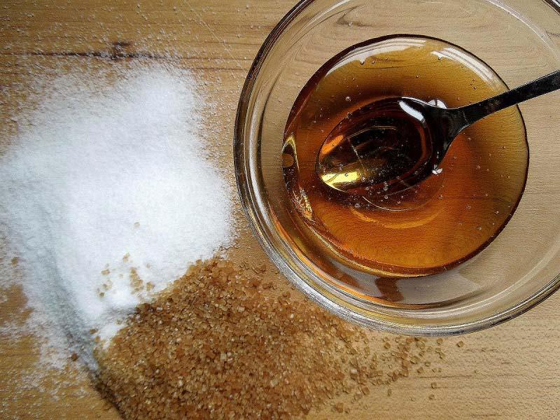 tẩy tế bào chết tự nhiên từ đường và mật ong