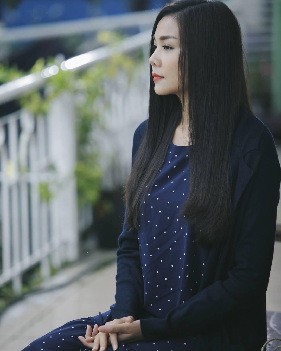 Tóc đen dài truyền thống