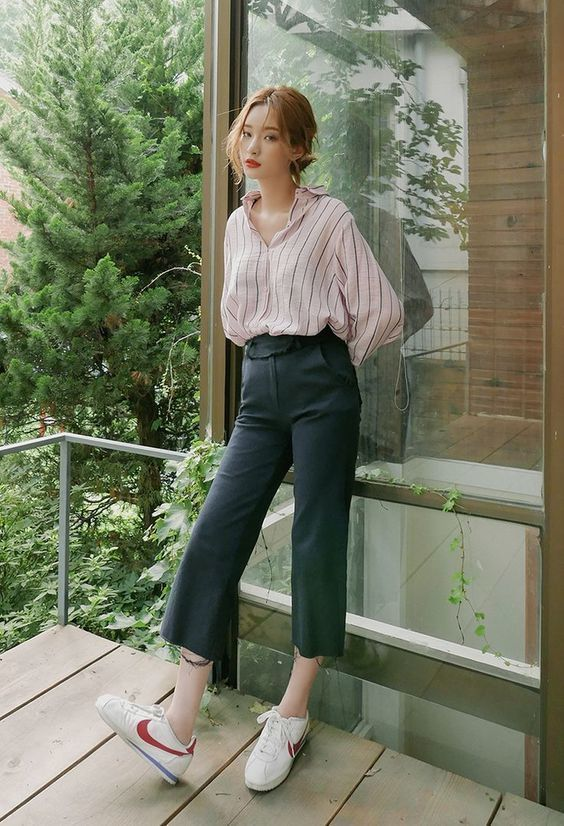 Image result for quần ống loe sơ mi