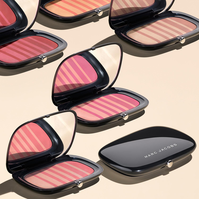 Kết quả hình ảnh cho Marc Jacobs Air Blush Soft Glow