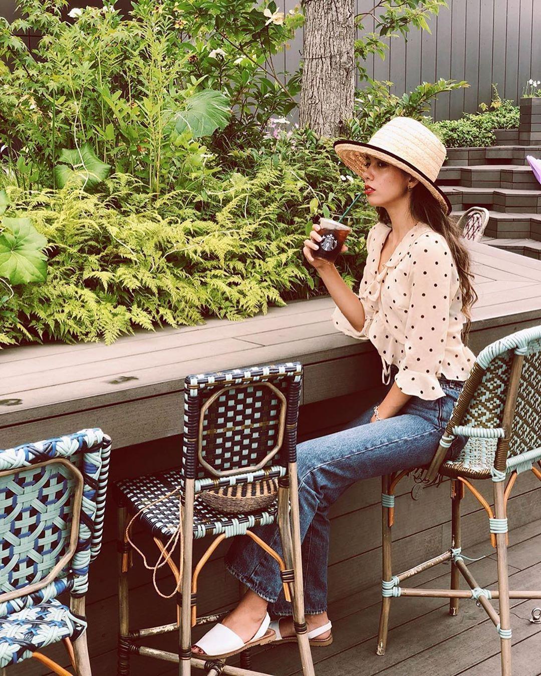 du lịch xanh - kem chống nắng thân thiện với môi trường sống