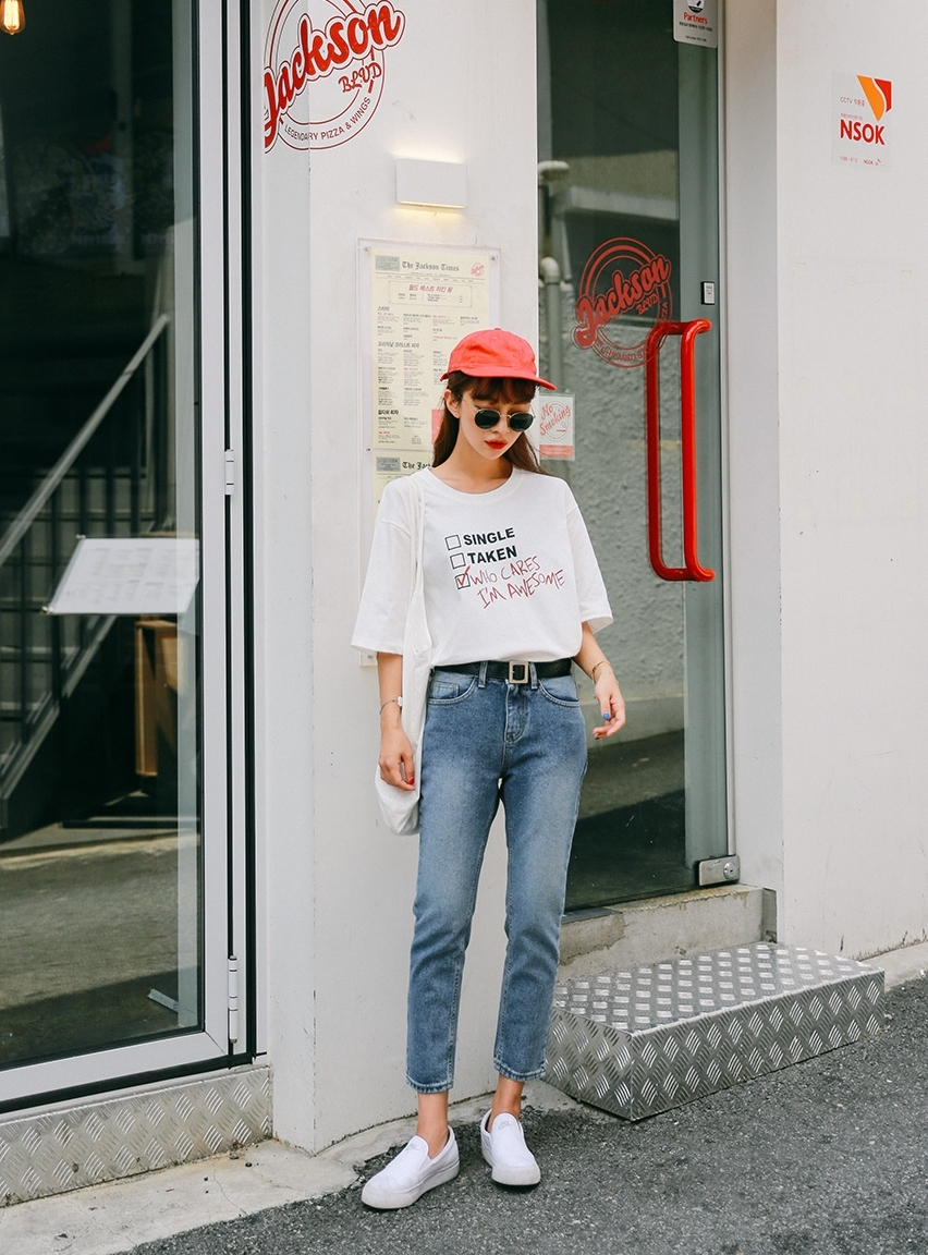 Image result for Blouse kẻ tay bồng + quần jeans + giày búp bê