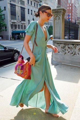 Nàng đã kịp đã phủ sắc xanh bạc hà trendy trong tủ đồ của mình chưa?