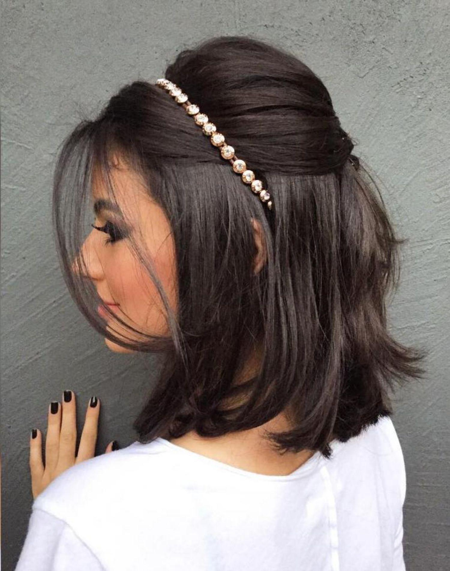 các kiểu tóc uốn ngắn