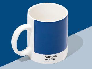 Thế giới ơi shock đi là vừa, Pantone chính thức xác nhận Classic Blue là màu của năm 2020