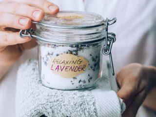 Cách sử dụng muối tắm hiệu quả giúp làn da khô nhạy cảm luôn căng mướt hoàn hảo