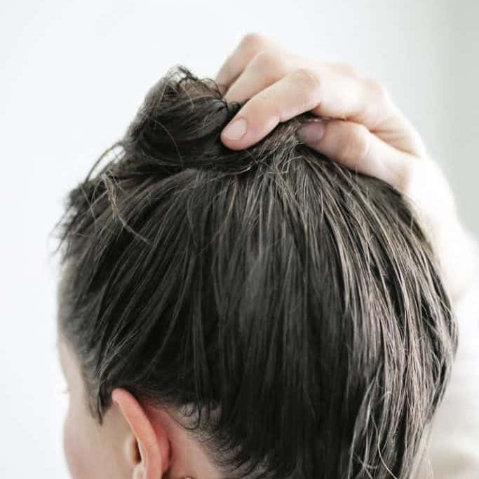 dưỡng tóc từ dầu dừa