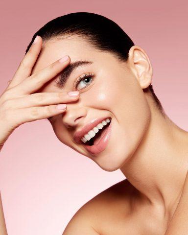 Làm thế nào để đánh bay đôi mắt gấu trúc của bạn chỉ trong vài phút?