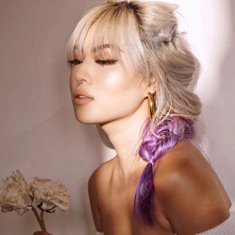 Ash Blonde, ý tưởng nhuộm màu cho tóc giúp nàng tung tăng mùa lễ hội