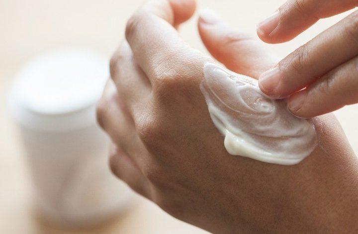 """Bật mí công thức làm đẹp """"chuẩn xịn"""" từ sữa dê cho làn da không tuổi"""